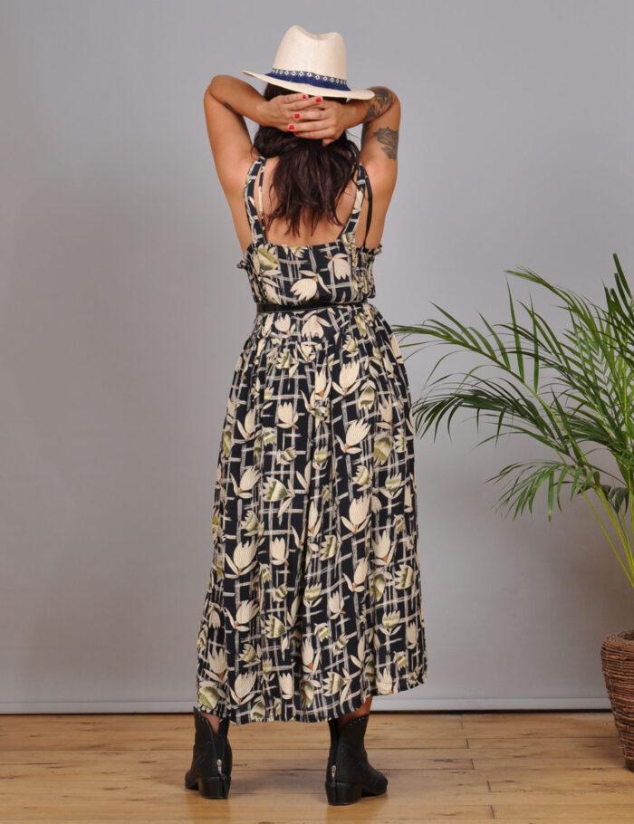 motel-vintage-store-Sleevelles-Midi-Dress